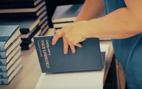 Książka, którą wydrukowaliśmy, prezentem dla Papieża